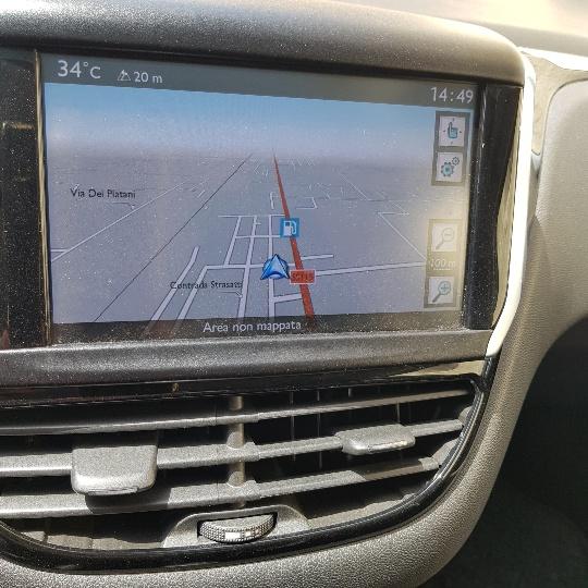 peugeot 208 limited edition 2012 3 porte 1.6 hdi 115 cv auto super sportiva tetto panoramico, cerchi in lega, interni in pelle