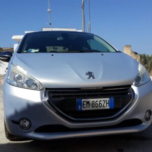 peugeot 208 limited edition 2012 3 porte 1.6 hdi 115 cv auto super sportiva tetto panoramico, cerchi in lega, interni in pelle