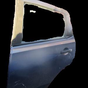 Nissan Qashqai anno 2009 Porta posteriore sinistra.