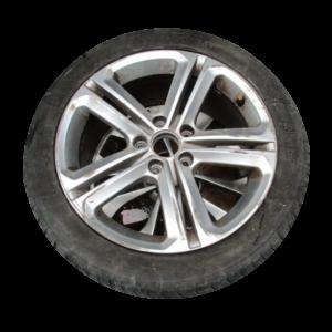 Volkswagen  Golf Serie 6 n°4 Cerchi in lega R17
