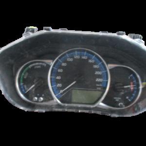 Toyota Yaris 1.5 Hybrid anno 2015 Quadro strumenti 83800-0UC90