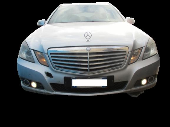 Mercedes Classe E 220 Station Wagon 2200 Diesel anno 2012.