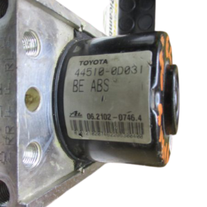 Toyota Yaris anno 2008 Abs 44510-0D031  89541-0D040  00009054ED