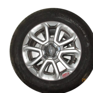 Fiat 500X N° 4 Cerchi in lega R16 215/60/16 michelin