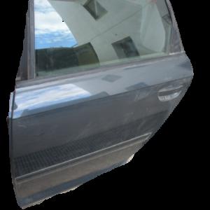 Audi A3 SportBack anno 2010 porta posteriore sinistra.