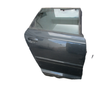 Audi A3 SportBack anno 2010 porta posteriore destra.