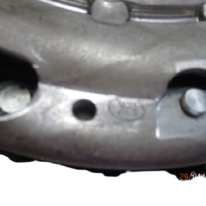 Renault Megane Scenic Dacia Duster Nissan Qashqai Juke 1500 Diesel anno dal 2007 al 2013 Kit volano e frizione 8200026712EL